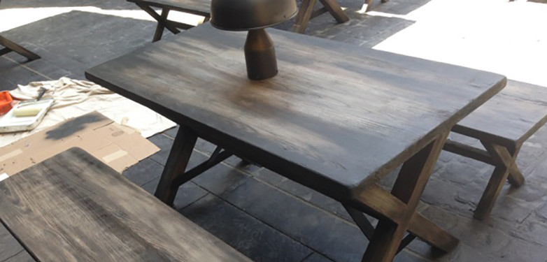 Universal Studios Diagon Alley – Aged Wood Tables and Benches