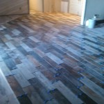 LIVING ROOM WOOD GRAINED TILE FLOORING